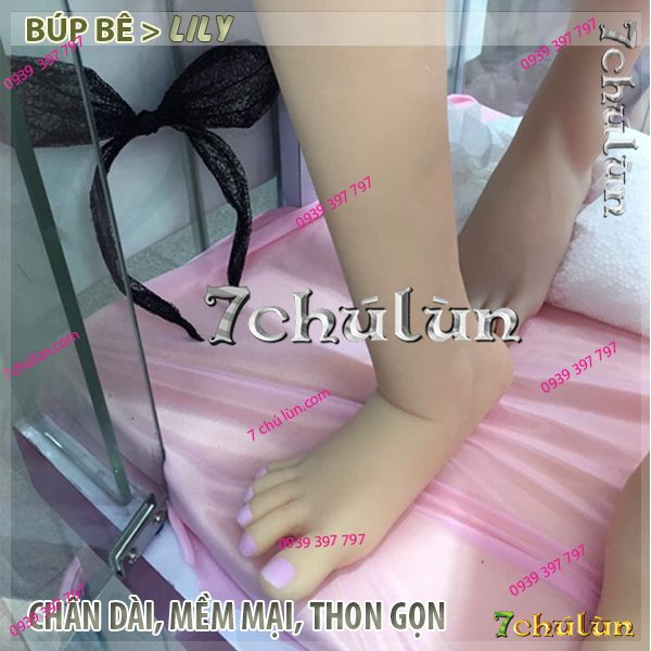5-do-cho-bup-be-tinh-duc-lily-chan-dai-ban-chan-mem-mai-thon-gon